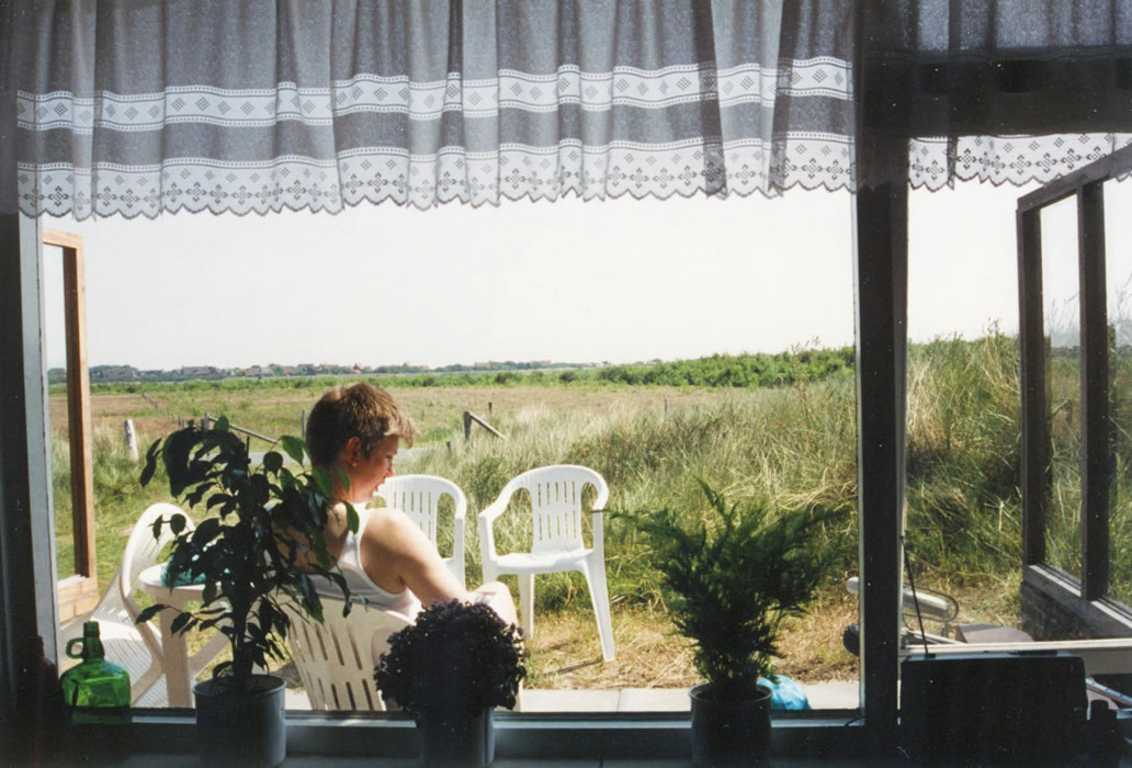 ameland june 1993 - view to meadow in front of cottage Duin Bos en Zee